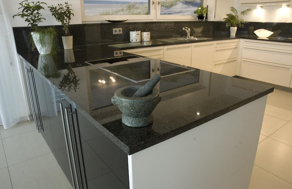 k chen mit naturstein natursteine hirneise. Black Bedroom Furniture Sets. Home Design Ideas